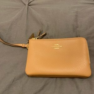 Coach Wallet Wrist NWT Brown